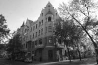 Budynek przy ulicy Chopina 11/4 w Lublinie, w którym mieściła się Wolna Szkoła Malarstwa i Rysunku w Lublinie do 1946 roku. Fot. współczesna Z. Bagiński. Kliknięcie w miniaturkę obrazka spowoduje wyświetlenie powiększonego zdjęcia.
